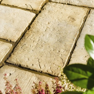 StoneFlair by Bradstone Old Town Paving Weathered Limestone Patio Pack