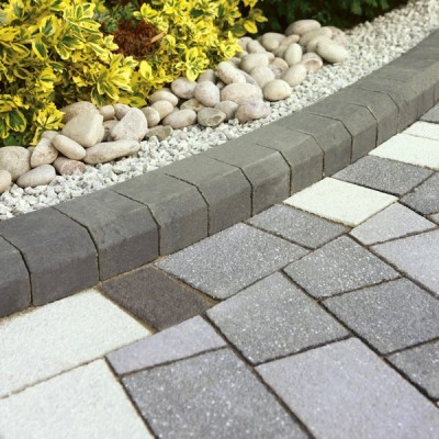 StoneFlair by Bradstone Panache Block Paving Black Textured Mixed Size Pack